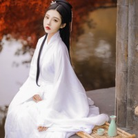 #漢服 #HanFu #HanDynastyClothing | #明珠SARA  | #FashionLookBook - #Everydaywear- for a transitional pastel summery spring white autumn pavilion mint sheerness..