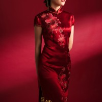 #QIPAO #旗袍 #Cheongsam |#成都绣匠旗袍   #ChengduEmbroiderersCheongsam #ShowJiang #November2020| #FashionLookBook your everyday timeless #RedQipao #TraditionalChineseQipao #Cheongsam your individual handcrafted sewn  begonia pattern embroidery are delicate blooming flowers……  New series Chinese style cheongsam-Qipao